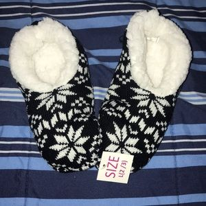 Other - Slipper/ house shoes